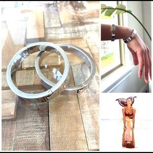 J Crew ⚡️ silver hinge bracelet set